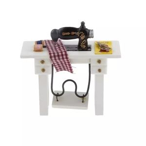 Other - Miniature Sewing Machine